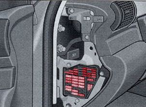 audi_a4_b5_fuse_box_location 2004 audi a4 fuse box location free vehicle wiring diagrams \u2022